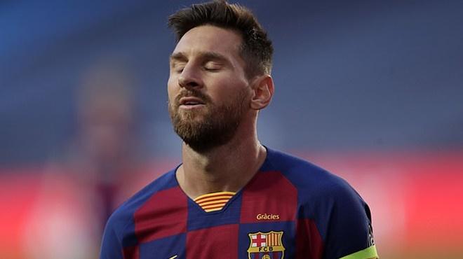 Barcelona không bán Messi dưới 700 triệu euro. Messi vẫn đình công