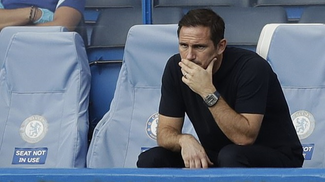 Chelsea đại khủng hoảng : Ai cứu được Lampard?