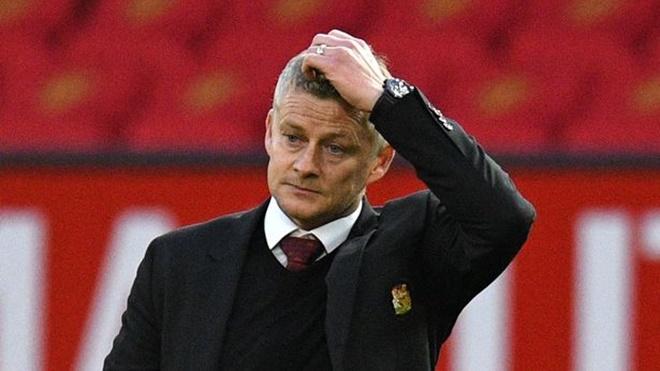 MU: Solskjaer muốn một đằng, Ed Woodward mua một nẻo, gặp vấn đề y hệt Mourinho