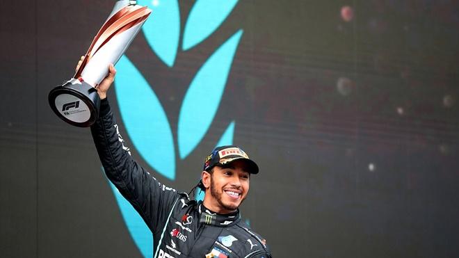 Lewis Hamilton lần thứ 7 vô địch F1, sánh ngang huyền thoại Schumacher