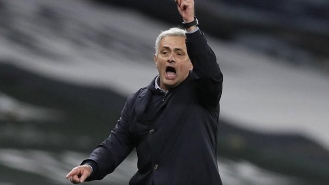 Bóng đá hôm nay 16/12: Mourinho quyết chiến với Liverpool. MU nhận tin buồn vụ Eriksen