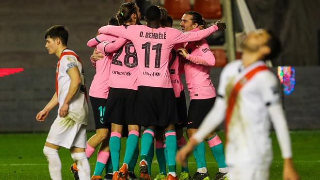 Vallecano 1-2 Barcelona: Messi tỏa sáng, Barca lọt vào tứ kết Nhà Vua