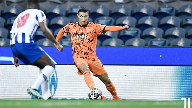 Juventus: Chuyện gì đang xảy ra với Ronaldo?