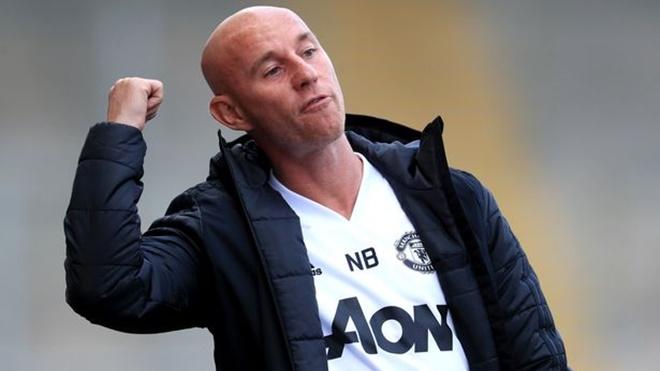 Xung đột với tân giám đốc bóng đá, Nicky Butt chia tay MU