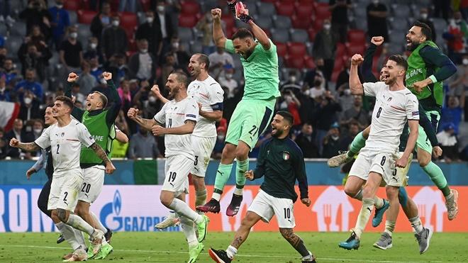 Italy xuất sắc vào Bán kết EURO 2021: Khi người Ý thay đổi