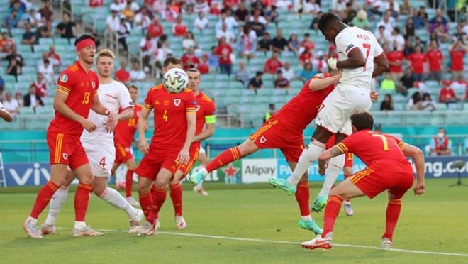 Điểm nhấn Thụy Sĩ 1-1 Xứ Wales: Ngôi sao nhạt nhòa. Bóng bổng lên ngôi