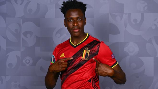 Những điều cần biết về Lokonga, thần đồng bóng đá Bỉ được Arsenal chiêu mộ