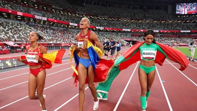 VĐV nhảy xa Venezuela phá sâu kỷ lục thế giới tồn tại 26 năm