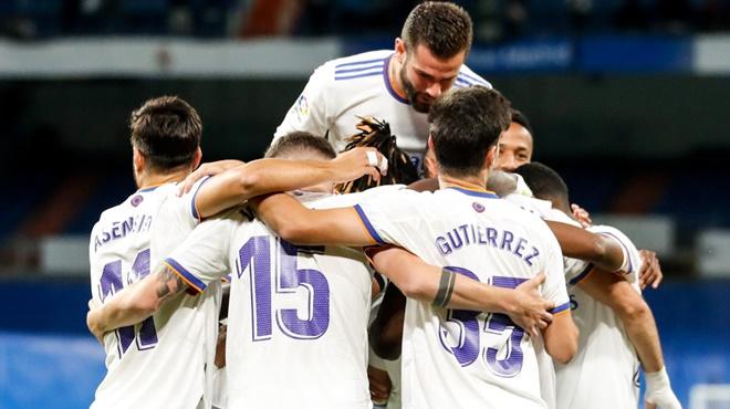 Real Madrid 6-1 Mallorca: Benzema, Asensio rực sáng, Real dẫn đầu La Liga