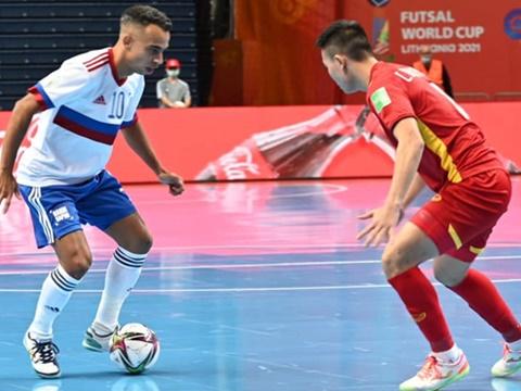 Futsal Việt Nam 2-3 Nga: Văn Ý tuyệt hay. Futsal Việt Nam tiếc nuối và tự hào
