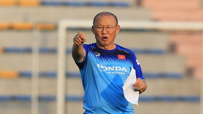 Việt Nam vs Oman: Hãy thể hiện thứ bóng đá của niềm vui