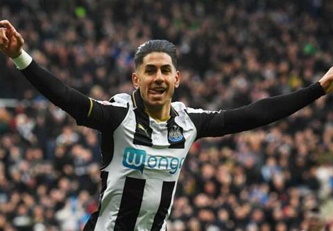 Newcastle trở lại Premier League