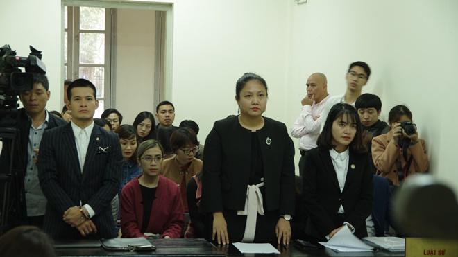Xét xử sơ thẩm vụ ''Tinh hoa Bắc Bộ'': Công nhận Việt Tú là tác giả, Tuần Châu là chủ sở hữu