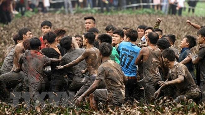 Đề nghị dừng đánh phết và lễ hội chọi trâu tại Phú Thọ, triển khai các giải pháp ngăn ngừa virus Corona