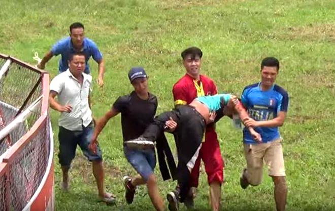 THĂM DÒ: Có nên duy trì lễ hội chọi trâu Đồ Sơn?