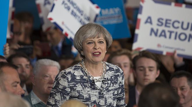 Bầu cử Anh: Thủ tướng May thông báo thành lập chính phủ mới
