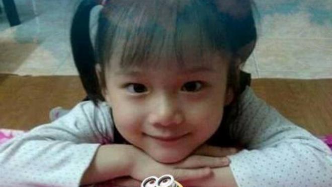 VIDEO: Câu chuyện xúc động về bé Hải An 7 tuổi hiến giác mạc sau khi qua đời