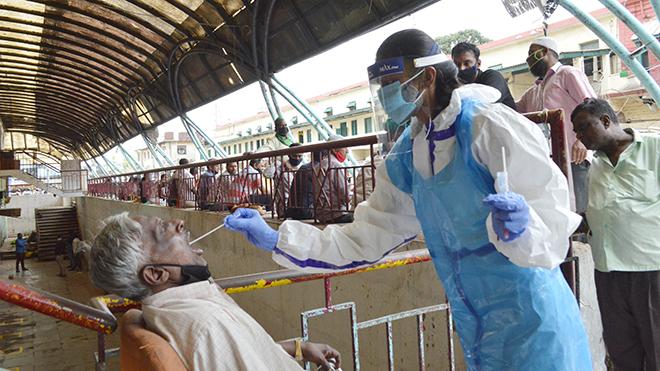 Dịch COVID-19: Số ca nhiễm mới ở Ấn Độ lên gần ngưỡng 100.000 ca/ngày