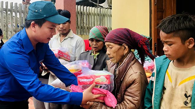 Chào tuần mới: Từ thiện 'Tam luân không tịch'