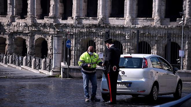 Dịch COVID-19: Italy đặt quốc gia vào 'vùng đỏ'