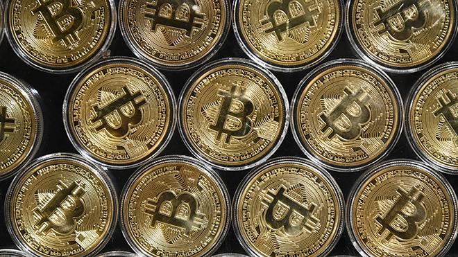 Giá đồng Bitcoin vượt mốc 30.000 USD