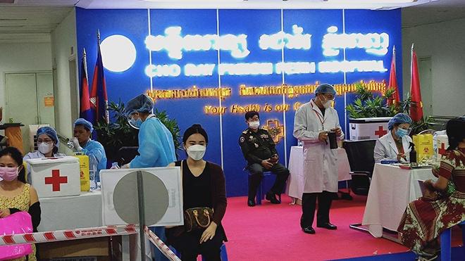 Dịch Covid-19: Dịch bệnh đã lây lan tại 22/25 tỉnh thành của Campuchia