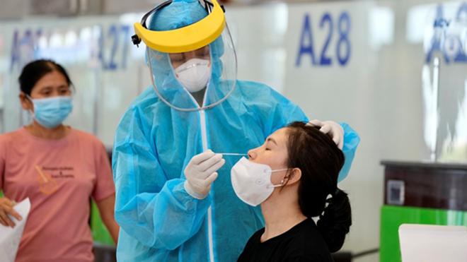 Sân bay Nội Bài cung cấp dịch vụ xét nghiệm Covid-19 cho hành khách
