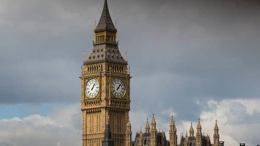Tháp đồng hồ Big Ben đón sinh nhật lặng lẽ