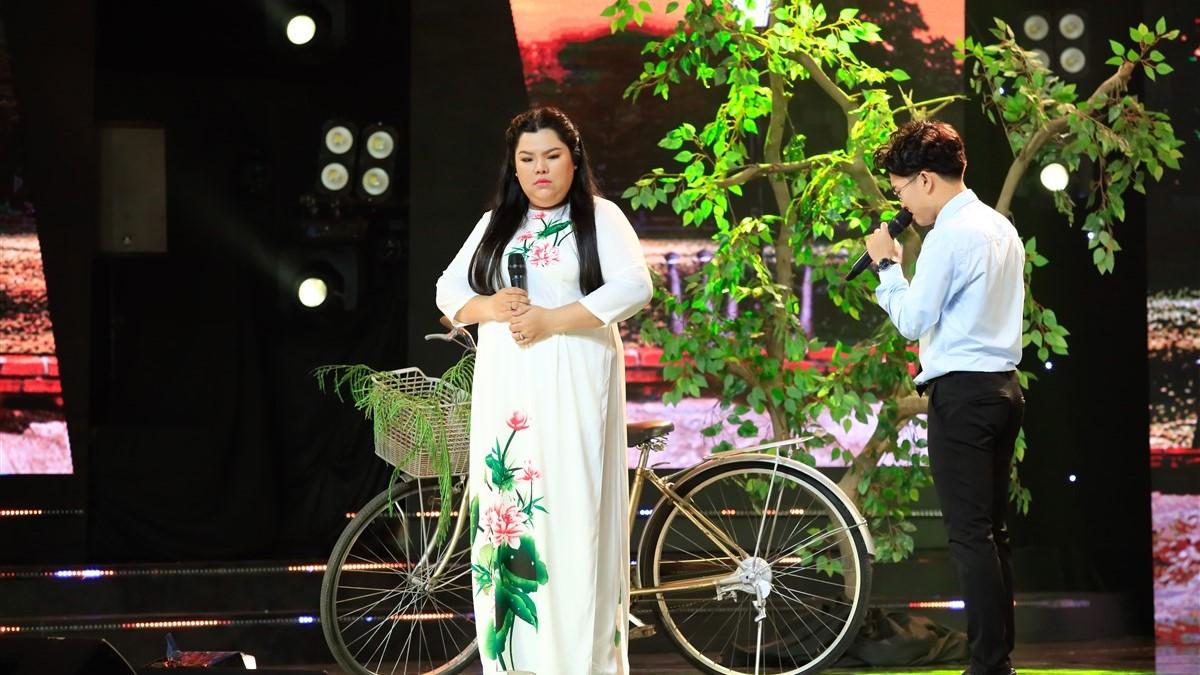 'Tuyệt đỉnh song ca Cặp đôi vàng' tập 2: Lần đầu hát bolero, Tuyền Mập được Quang Linh và Cẩm Ly khen ngợi