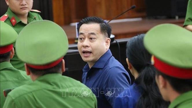 Vũ 'nhôm', Trần Phương Bình hầu tòa phúc thẩm Vụ án Ngân hàng Đông Á: Bác kháng cáo kêu oan của Phan Văn Anh Vũ