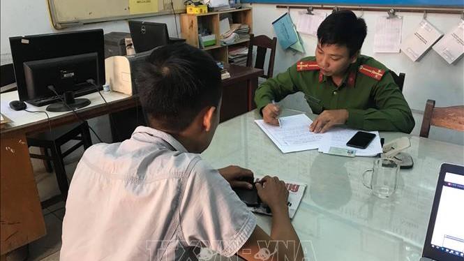 VIDEO: Phóng viên Báo Người Lao động tại Đà Nẵng bị hành hung khi tác nghiệp