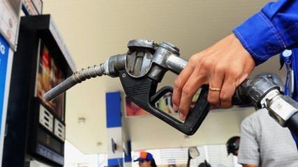 Tuyên án vụ buôn lậu xăng dầu lớn với tổng trị giá hơn 2.000 tỷ đồng