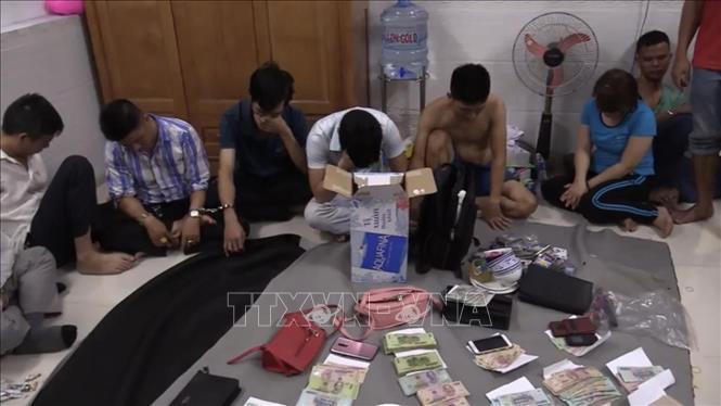 Khởi tố nhóm người tổ chức đánh bạc trong khách sạn 4 sao