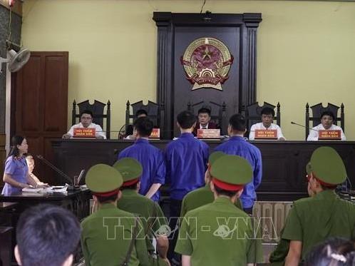 Sơn La: Phạt tổng cộng 58 năm tù cho nhóm tội phạm trộm vật chứng vụ án