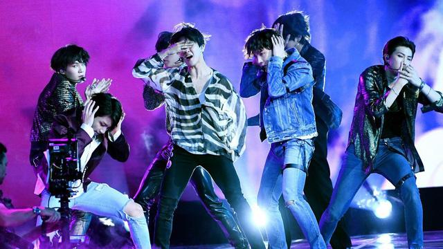BTS, BTS bị đạo nhạc,  'Fake Love' của BTS, Seiell đạo nhạc BTS, Scenne Nennè, Love Yourself: Tear, sao chép ca khúc, vi phạm bản quyền