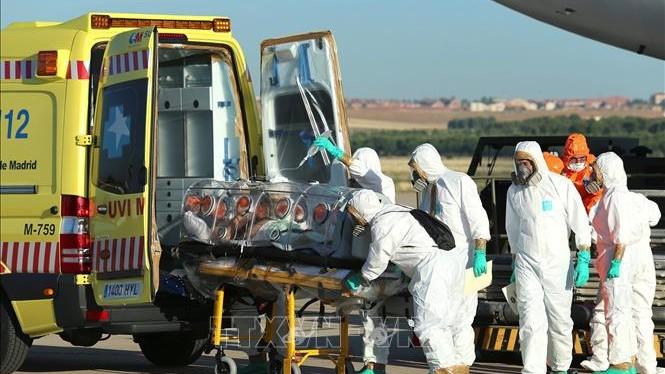 Dịch COVID-19: Sudan, Ukraine thông báo ca tử vong đầu tiên - Số người mắc bệnh tại Tây Ban Nha, Hà Lan, Anh tăng mạnh