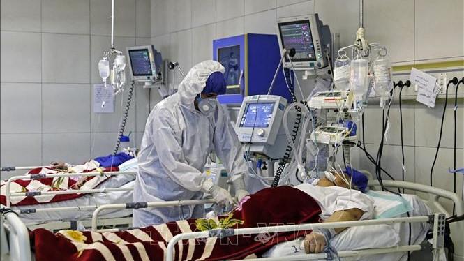 Dịch COVID-19: Lần đầu tiên số ca tử vong ở châu Âu vượt châu Á