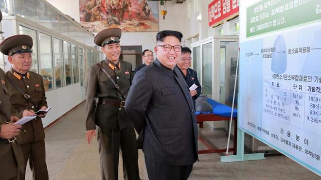 Ngoài tên lửa, Triều Tiên còn chế tạo được 'thần dược' chữa khỏi ung thư, Ebola và cả… AIDS