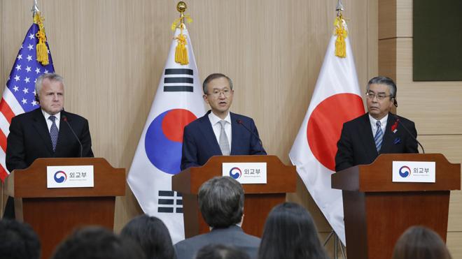 Hàn Quốc, Mỹ, Nhật Bản nhất trí tìm mọi phương án ngoại giao với Triều Tiên