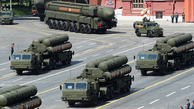 Vì sao Nga tăng cường hệ thống tên lửa hiện đại nhất S-400 tại Crimea?