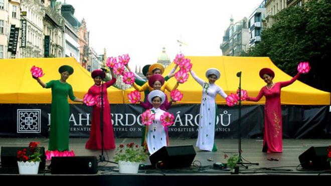 Việt Nam thành công tại liên hoan nghệ thuật quốc tế Prague 2018