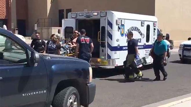 Xả súng tại một trường trung học ở Mỹ, học sinh hoảng loạn tháo chạy