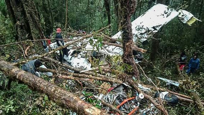 Rơi máy bay ở Indonesia: Duy nhất cậu bé 12 tuổi sống sót