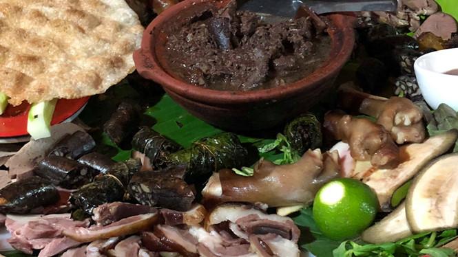 Bạn sẽ không ăn thịt chó, nếu xem bức ảnh 'bộ xương' 12.000 năm này