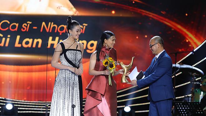 Sau giải 'Nghệ sĩ mới của năm' Bùi Lan Hương trở lại 'Music Home' cùng Tùng Dương