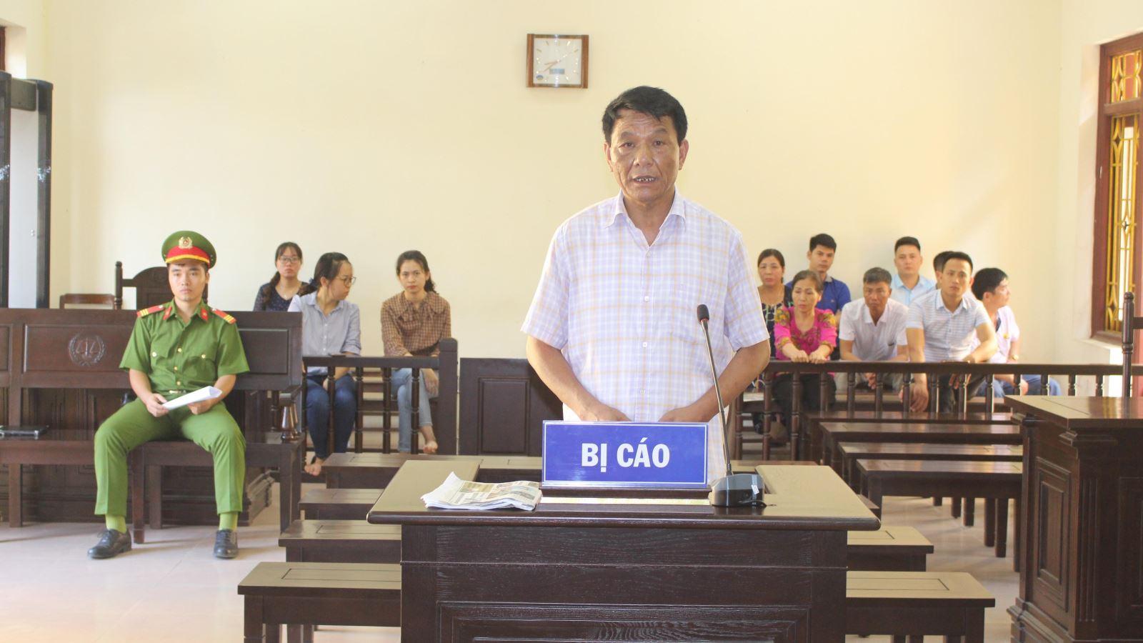 Hà Nam: Nguyên Trưởng phòng Tài nguyên - Môi trường huyện Thanh Liêm lĩnh 5 năm tù vì lạm quyền