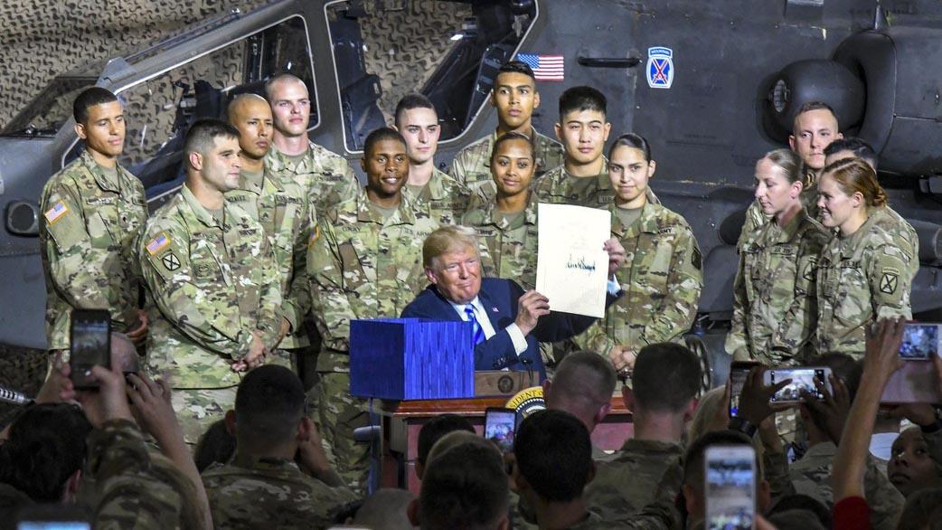 Hạ viện Mỹ ngăn chặn Tổng thống D.Trump phát động chiến tranh với Iran