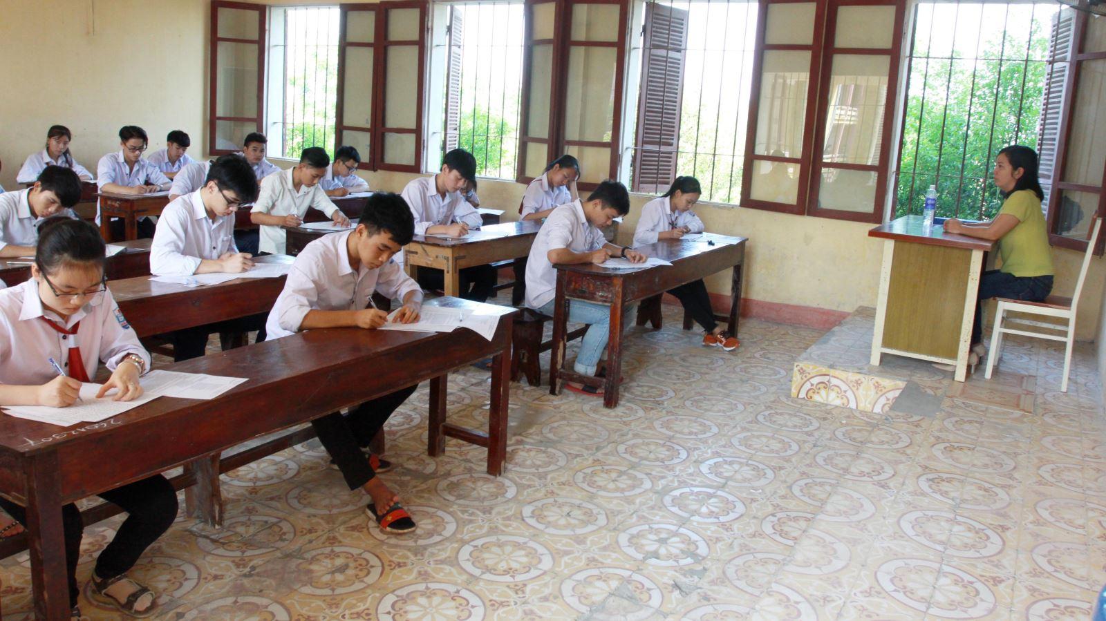 Bộ Giáo dục và Đào tạo công bố phổ điểm thi Trung học phổ thông quốc gia 2019