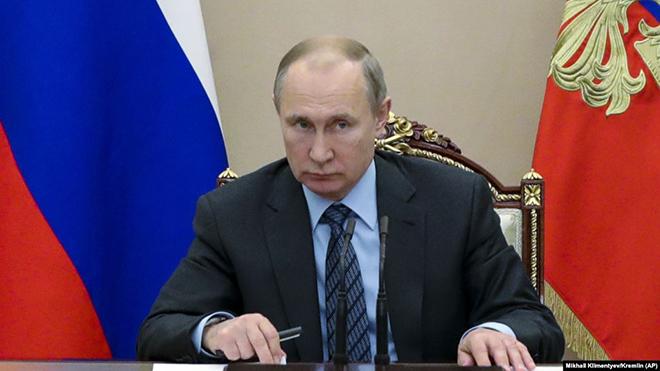 Tổng thống Nga ký phê chuẩn đình chỉ Hiệp ước Các lực lượng hạt nhân tầm trung