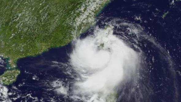 Bão Bailu suy yếu thành vùng áp thấp, Trung Bộ mưa giảm nhanh
